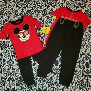 Disney's Mickey Mouse Boys 2 Piece Jogger Outfit